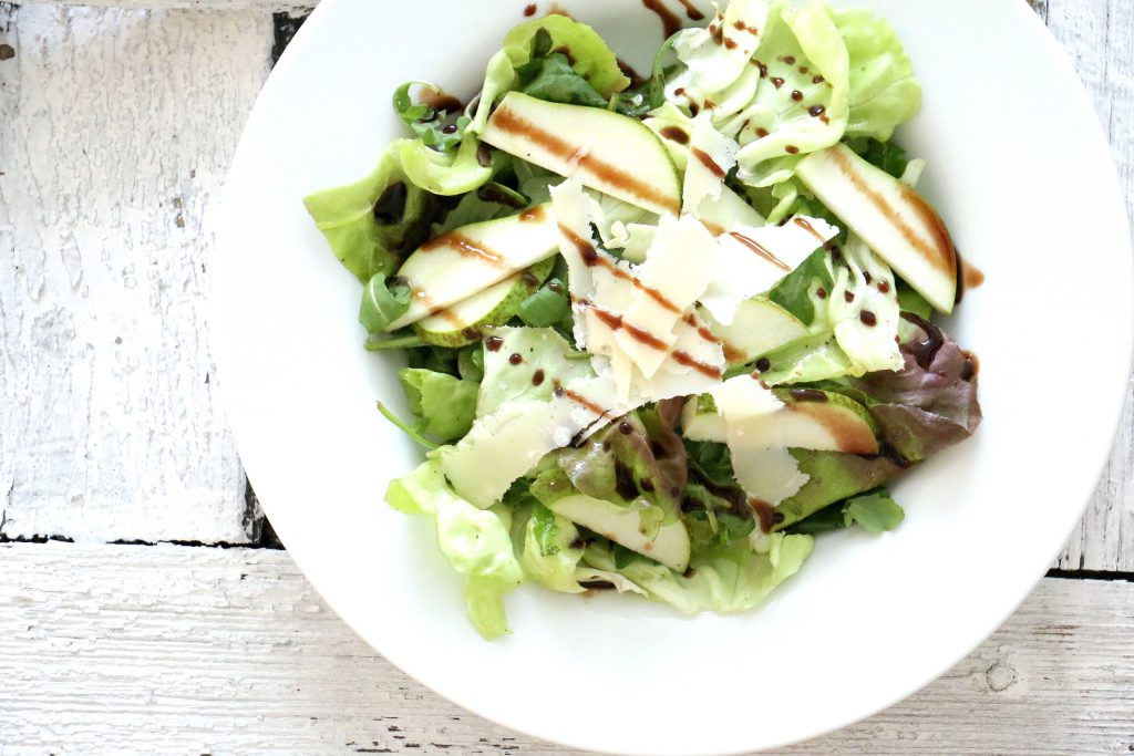 cookinesi wunderbarer salat mit rucola parmesan birnen. Black Bedroom Furniture Sets. Home Design Ideas