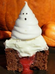 So sehen die Cupcakes aus wenn man reinbeisst (Bsp. mit weissem Frosting)
