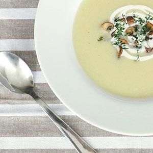 vegane-Blumenkohl-creme-suppe