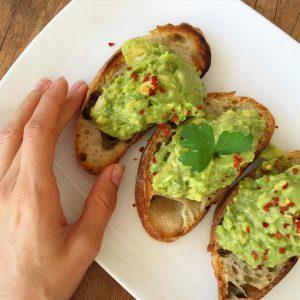 Avocadooooooo on toast avocadoontoast avocadoaddict avocado vegan brunch brakefast veganfoodhellip