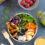 Frühlings-Bowl mit Linsen, Wedges und Honig-Senf Sauce