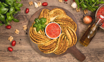 Pestokranz mit Tomatensalsa