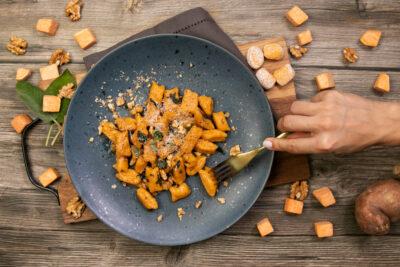 Süsskartoffel-Gnocchi an Salbeibutter