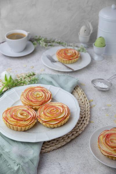 Apfel-Tartelettes mit Frangipane Füllung