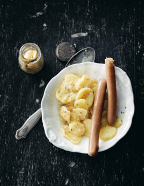 Kartoffelsalat mit Wienerli by Hiltl